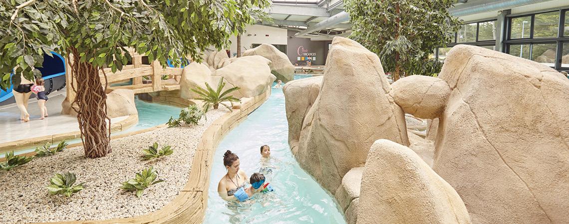 Camping vend e avec piscine parc aquatique piscine Camping ouvert toute l annee avec piscine couverte